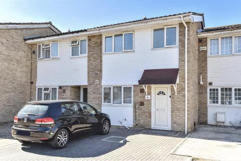 3 bedroom terraced house for sale - Sheepcote Close, Hounslow