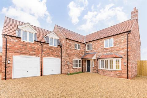 5 bedroom detached house for sale - Middle Lane, Thorpe-On-The-Hill, Lincoln