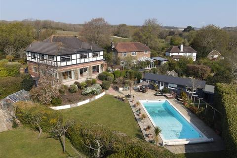 6 bedroom detached house for sale - Highdene House, Findon, Worthing