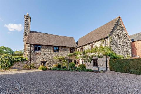 4 bedroom character property for sale - The Friary, Newark