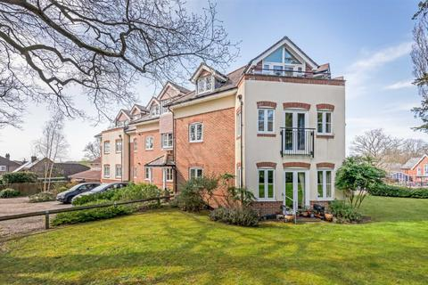 1 bedroom flat for sale - Oakleigh Place, 55 Winchester Road, Chandlers Ford