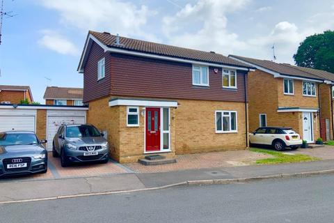 3 bedroom terraced house to rent - College Town