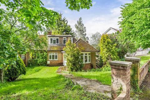 4 bedroom bungalow for sale - Barnhill Close, Marlow