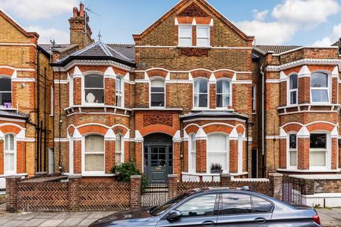 2 bedroom flat for sale - Lavender Gardens, Battersea, London