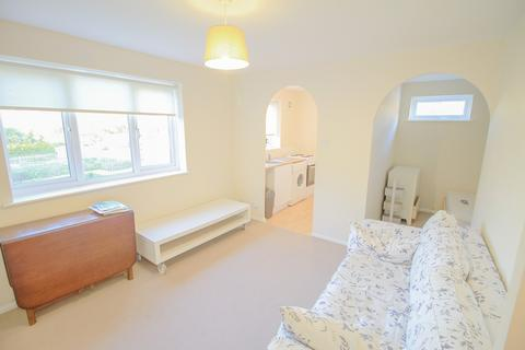 1 bedroom flat for sale - Percy Gardens, Worcester Park, Surrey KT4