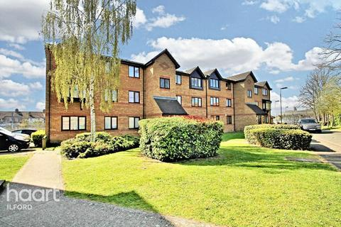 2 bedroom flat for sale - Greenslade Road, Barking