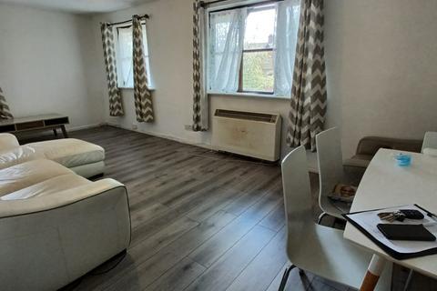 2 bedroom flat to rent - Somerset Gardens , N17