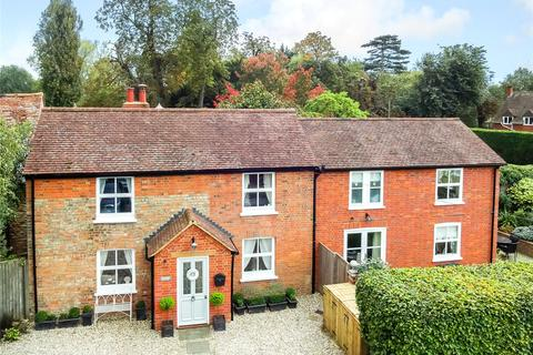 3 bedroom detached house for sale - Manor Road, Towersey, Thame, Oxfordshire, OX9