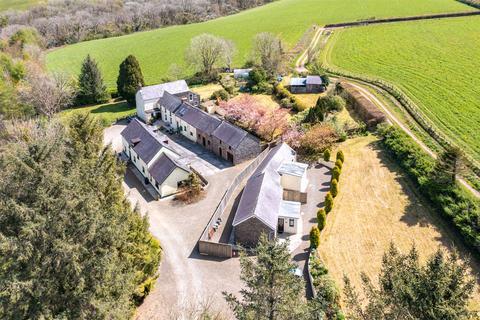 5 bedroom detached house for sale - New Mill, Near St. Clears, Carmarthen, Sir Gaerfyrddin, SA33