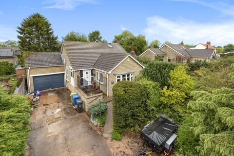 3 bedroom detached bungalow for sale - Middlefield Lane, Glentham, LN8