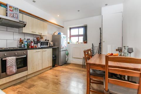 2 bedroom apartment for sale - Kelso Heights, Hyde Park
