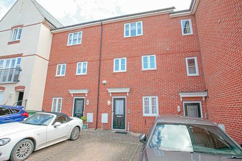 4 bedroom terraced house to rent - Vintner Road, Abingdon
