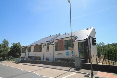 2 bedroom flat to rent - Commercial Road, Machen, Caerphilly