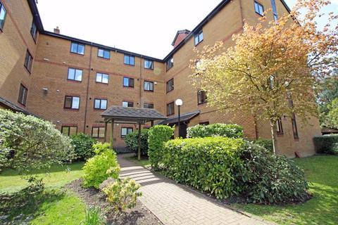 2 bedroom apartment for sale - Campion Close, Croydon, Surrey