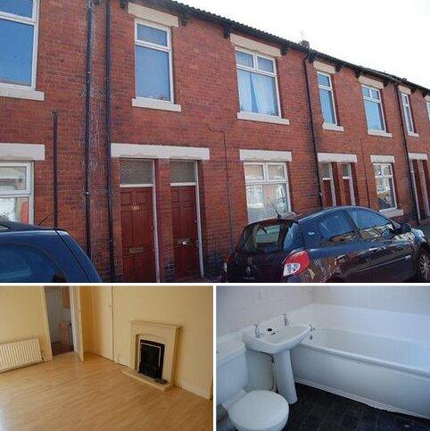 3 bedroom apartment to rent - * CLOSE TO METRO * Vine Street, Wallsend