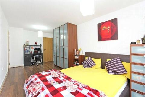 2 bedroom flat for sale - Two Bedroom Flat For Sale in Canning town County Newham.