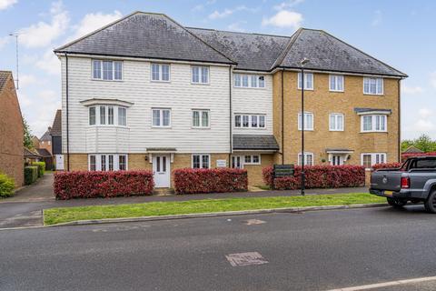 2 bedroom flat for sale - Crossways, Sittingbourne