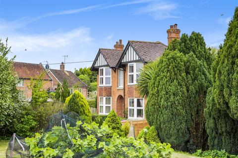 4 bedroom detached house for sale - Hillcrest, Great Cheverell