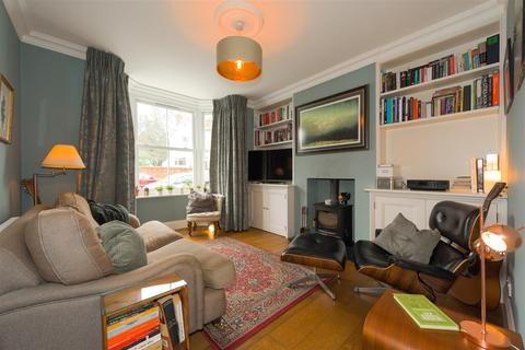 4 bedroom semi-detached house for sale - Charman Road, Redhill