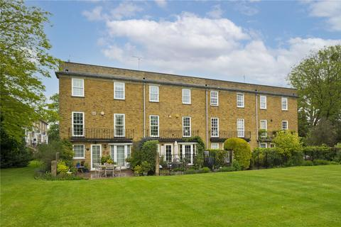 4 bedroom terraced house for sale - Hogarth Way, Hampton, Middlesex, TW12