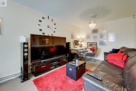 3 bedroom terraced house for sale - Cundy Road, CUSTOM HOUSE
