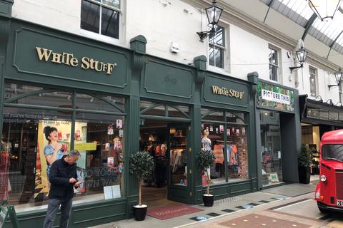 Retail property (high street) to rent - The Arcade, Bournemouth BH1