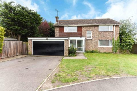 4 bedroom detached house for sale - Hill Farm Close, High Halstow, Kent, ME3