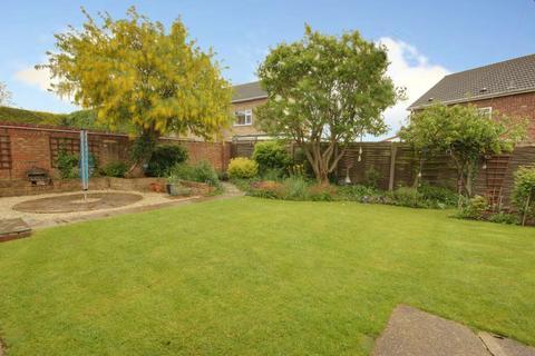 3 bedroom detached bungalow for sale - Green Lane, Cottingham HU16 5JJ
