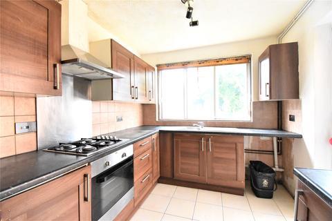 3 bedroom link detached house to rent - Courtlands, Maidenhead, Berkshire, SL6