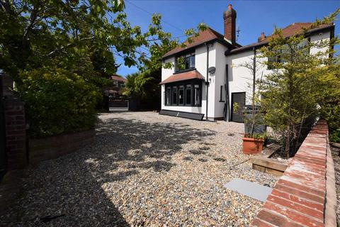 4 bedroom detached house to rent - Newton Drive, Blackpool, Normoss