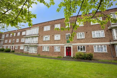 2 bedroom apartment for sale - Longbridge Road, Barking, IG11