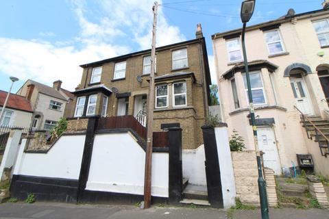 3 bedroom semi-detached house for sale - Church Terrace, Chatham, ME5