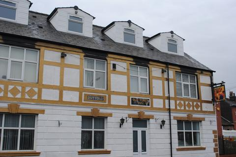 8 bedroom block of apartments for sale - 6 Sandford Street, M26