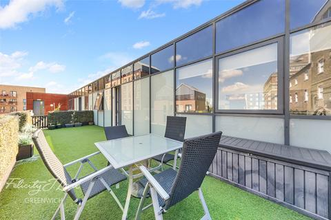 3 bedroom apartment for sale - Greenwich High Road, London, SE10 8JL