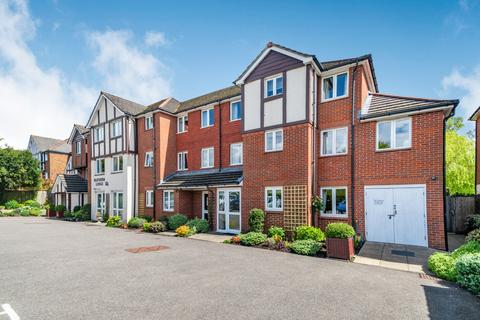 1 bedroom flat for sale - Blenheim Lodge, 41 Chesham Road, Amersham