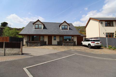 4 bedroom bungalow for sale - Marian Close, Tredegar
