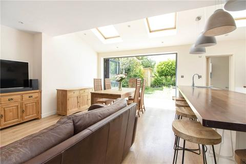4 bedroom semi-detached house to rent - St. Thomas Road, London, W4