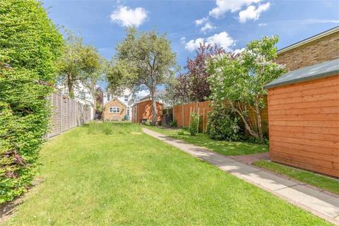 3 bedroom detached house for sale - Stomp Road, Burnham, Buckinghamshire