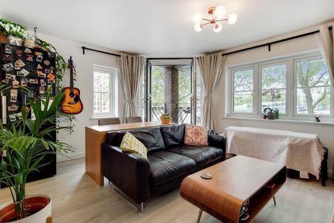 2 bedroom flat to rent - Brunswick Quay, London SE16