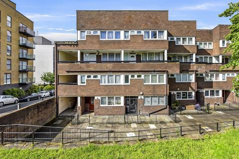 3 bedroom maisonette for sale - Russett Way, Lewisham, SE13