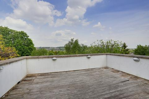 2 bedroom apartment for sale - Wolseley Road, Crouch End, N8 8RP