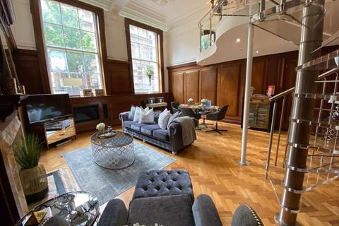2 bedroom apartment for sale - The Boardroom, Empire House, Cardiff Bay, Cardiff, CF10 5LR