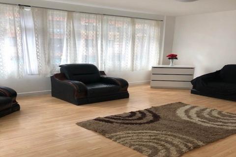 3 bedroom flat to rent - Blackhorse Lane, Walthamstow, London