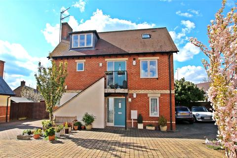 2 bedroom apartment for sale - Tankard Close, Newport Pagnell, MK16