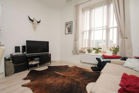 1 bedroom property to rent - Hardinge Street, London