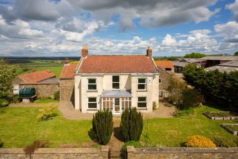 4 bedroom country house for sale - Westow, York