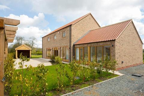 4 bedroom detached house for sale - Harvest House, Bricknell Fold, Fangfoss, York