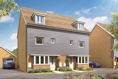4 bedroom semi-detached house for sale - Plot 145, Woodvale at Gillies Meadow, Park Prewett Road, Basingstoke, BASINGSTOKE RG24