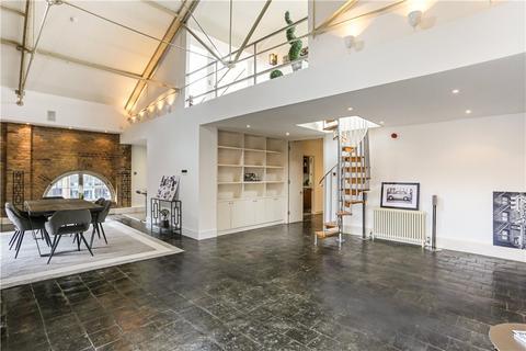 4 bedroom flat for sale - Ivory House, East Smithfield, E1W