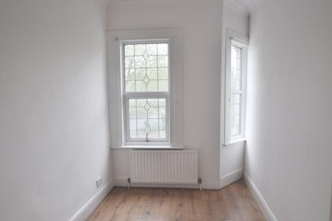 3 bedroom flat to rent - Childeric Road New Cross SE14